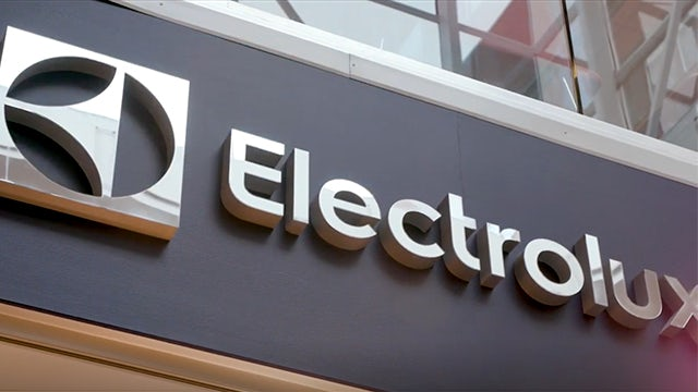 Industry-4.0-Electrolux-video-image-640x360 customer journey image