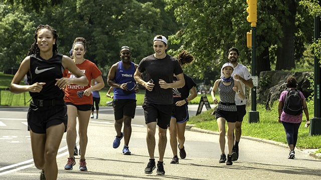 Health and Wellness at Siemens – People running together for exercise